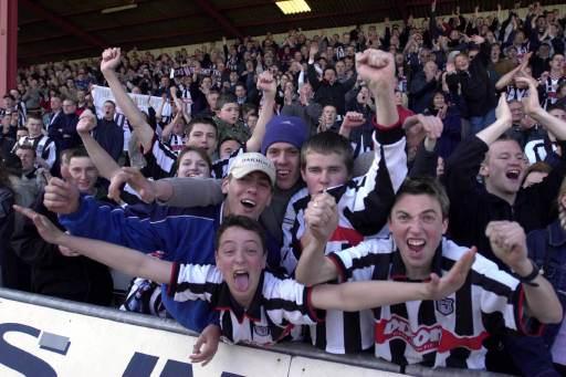 Town Fans Go Mental